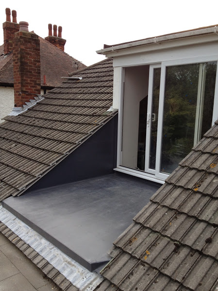 Roof balcony conversion solar loft balcony flat roof dormer pitched roof dormer sc 1 st - Houses with attic and balconies ...
